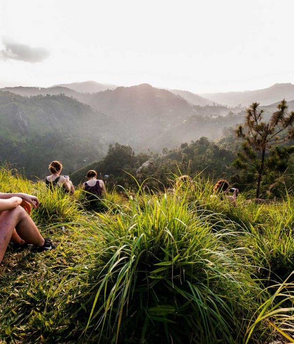 sri lanka mountain trekking