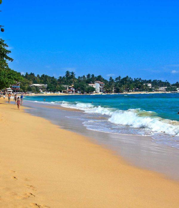walk in Mirissa beach