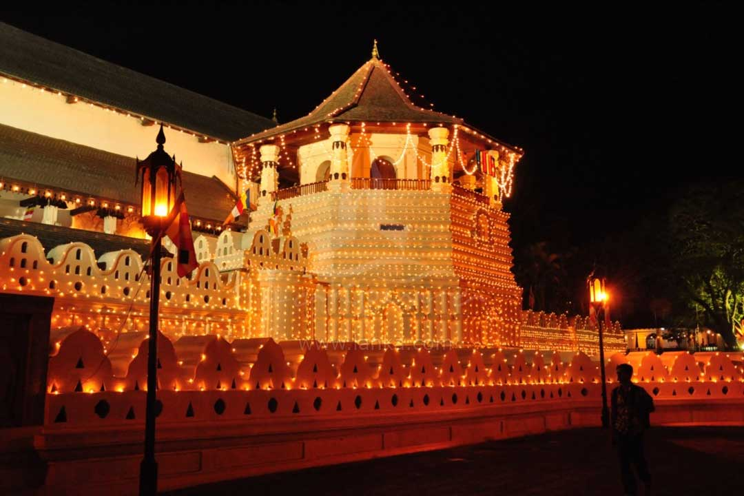kandy temple of the sacred tooth